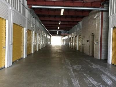 Storage Units for rent at Life Storage at 1171 Turnpike St in North Andover
