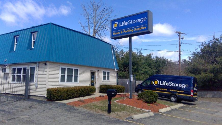 Filter Results. Storage Units & Storage Units at 114 Pleasant Valley St - Methuen - Life Storage #235