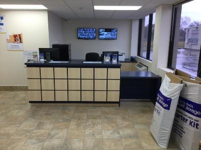 Life Storage office at 2280 E Main St in League City