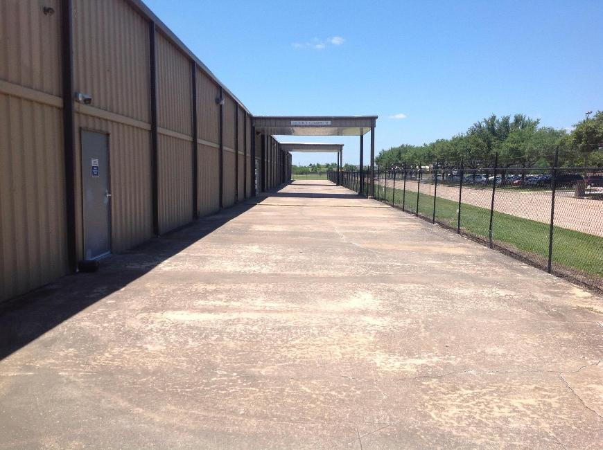 Life storage in houston tx near parkwest central rent for Storage 77080