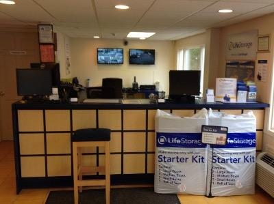 Life Storage office at 173 W Montauk Hwy in Hampton Bays