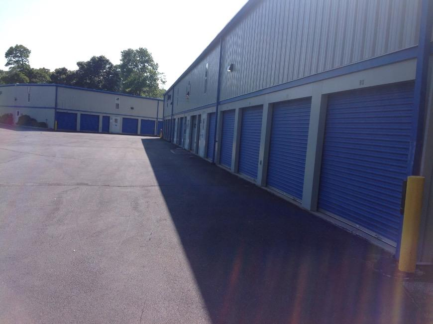 Storage Units For At Life 9 Hardscrabble Ct In East Hampton