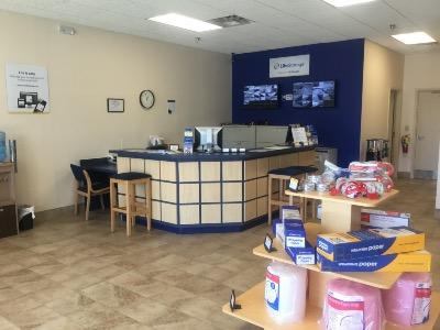Life Storage office at 4119 Hixson Pike in Chattanooga