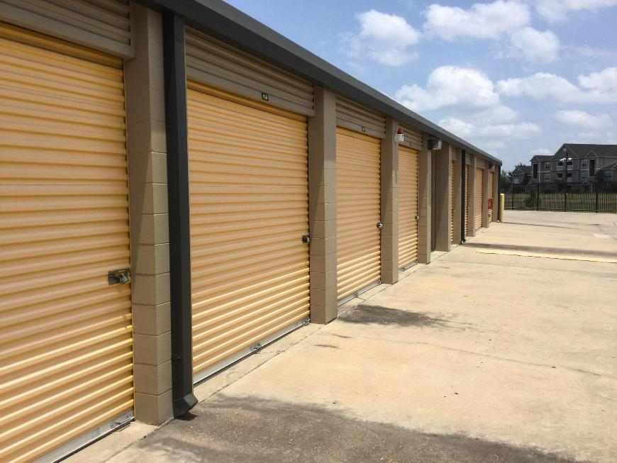 Life Storage In Cypress 7400 Barker Cypress Rd Rent