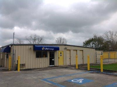 Storage buildings at Life Storage at 5922 Cameron St in Scott