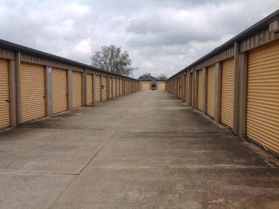 Storage Units for rent at Life Storage at 203 Albertson Pkwy in Broussard