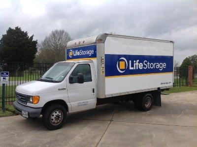 Truck rental available at Life Storage at 203 Albertson Pkwy in Broussard