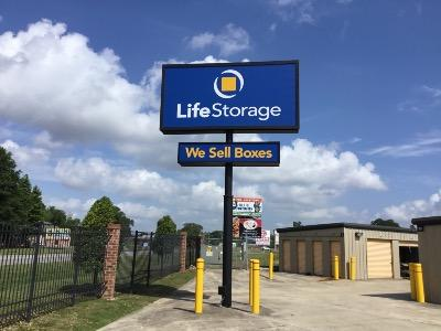 Miscellaneous Photograph of Life Storage at 203 Albertson Pkwy in Broussard