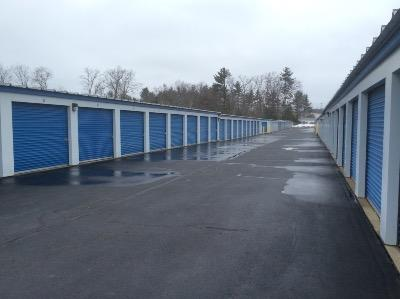 Storage Units for rent at Life Storage at 1902 Wellington Rd in Manchester
