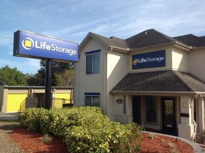 Storage buildings at Life Storage at 10833 Seminole Blvd in Seminole