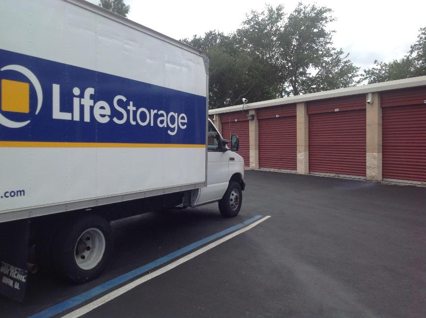 Life Storage In Pinellas Park 10700 Us Highway 19 N