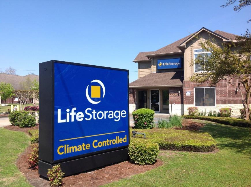 Storage Units at 3200 General DeGaulle Dr New Orleans Life