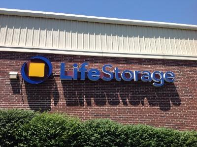 Miscellaneous Photograph of Life Storage at 301 Meramec Station Rd in Ballwin