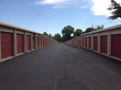 Storage Units for rent at Life Storage at 940 Shackelford Rd in Florissant