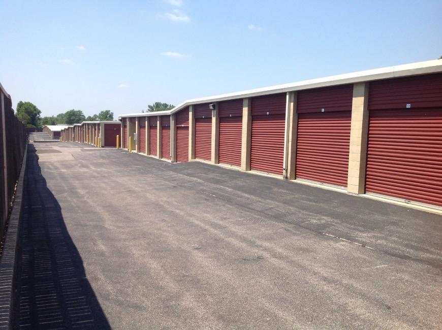 & Storage Units at 3535 Lemay Ferry Rd - Saint Louis - Life Storage #312