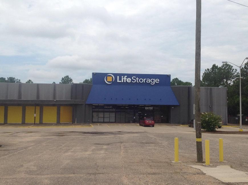 Storage Buildings At Life 2650 East South Boulevard In Montgomery