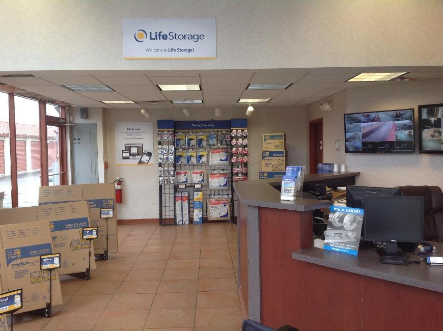 ... Life Storage Office At 2802 Transit Rd In West Seneca ...