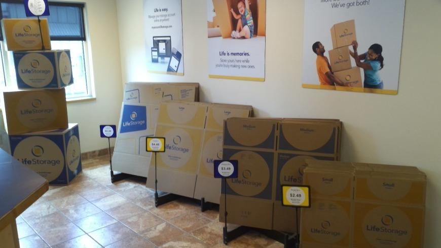 Life Storage Facility, Buffalo Ny Storage Auctions