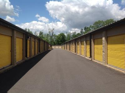 Storage Units for rent at Life Storage at 6104 S Transit Rd in Lockport