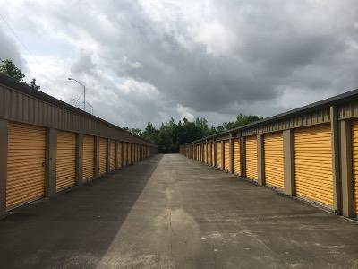 Storage Units for rent at Life Storage at 250 S Dowlen Rd in Beaumont