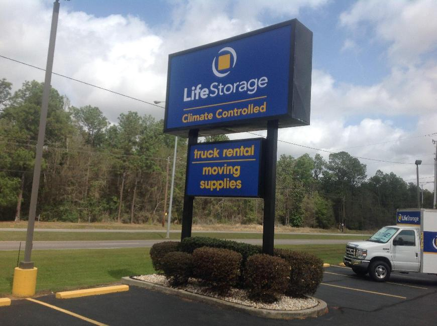 Life storage in mobile al near kimberline rent storage for Department of motor vehicles in mobile alabama
