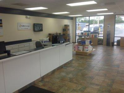 Life Storage office at 9113 W Highway 98 in Pensacola