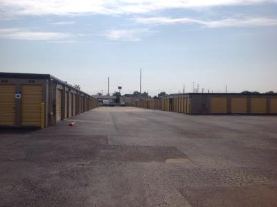 Storage Units for rent at Life Storage at 115 S. Arrowhead Dr. in Montgomery