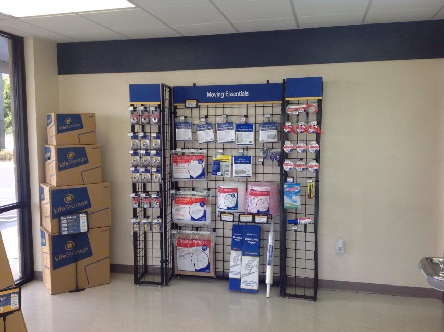 Moving Supplies For At Life Storage 115 S Arrowhead Dr In Montgomery