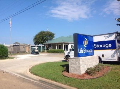 Storage buildings at Life Storage at 130 Centre St in Ridgeland