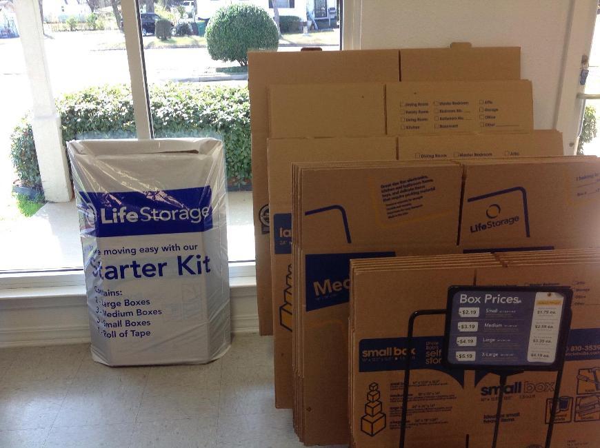 Life Storage In Ridgeland 130 Centre St Rent Storage
