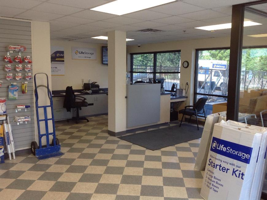 Life Storage Office At 115 Jacqueline Lane In High Ridge Units