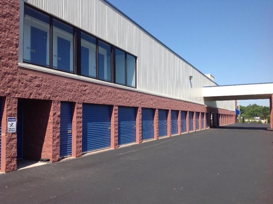 Storage Units For At Life 115 Jacqueline Lane In High Ridge