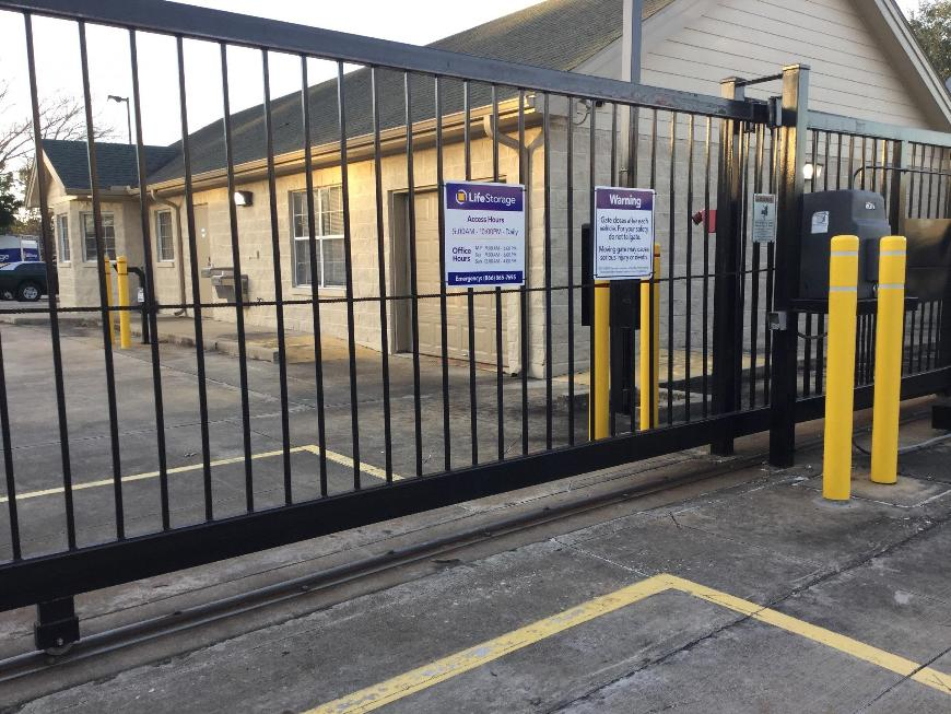 Life storage in houston tx near copperfield place rent for Storage 77080