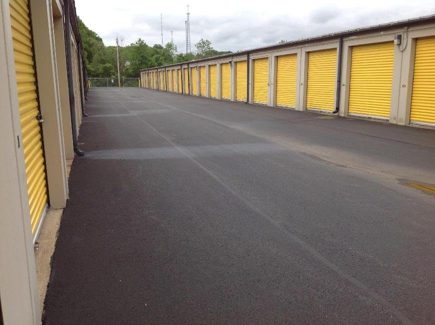 Storage Units For At Life 230 Snyder Road In Hermitage