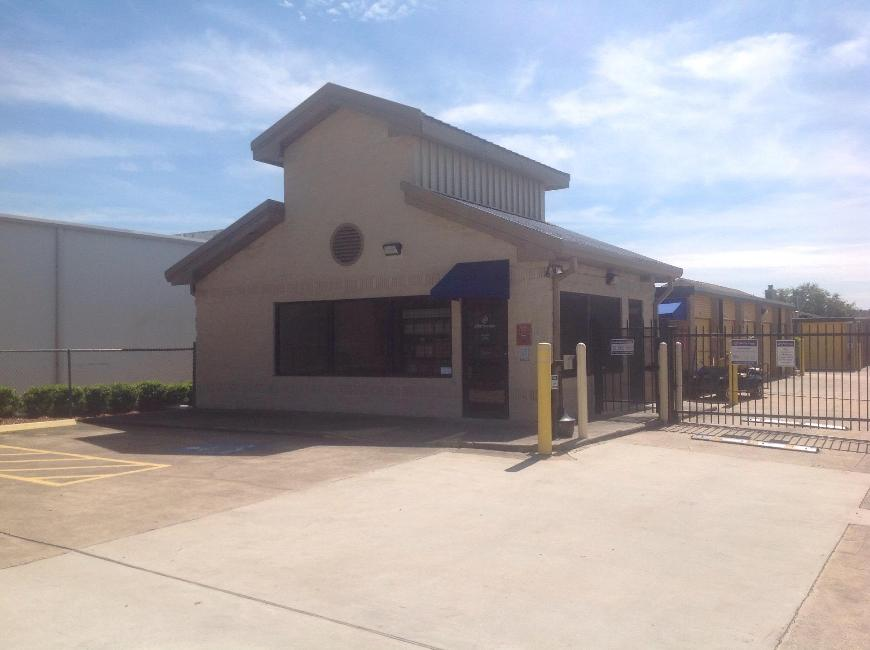 Storage Buildings At Life 12711 Westheimer Road In Houston