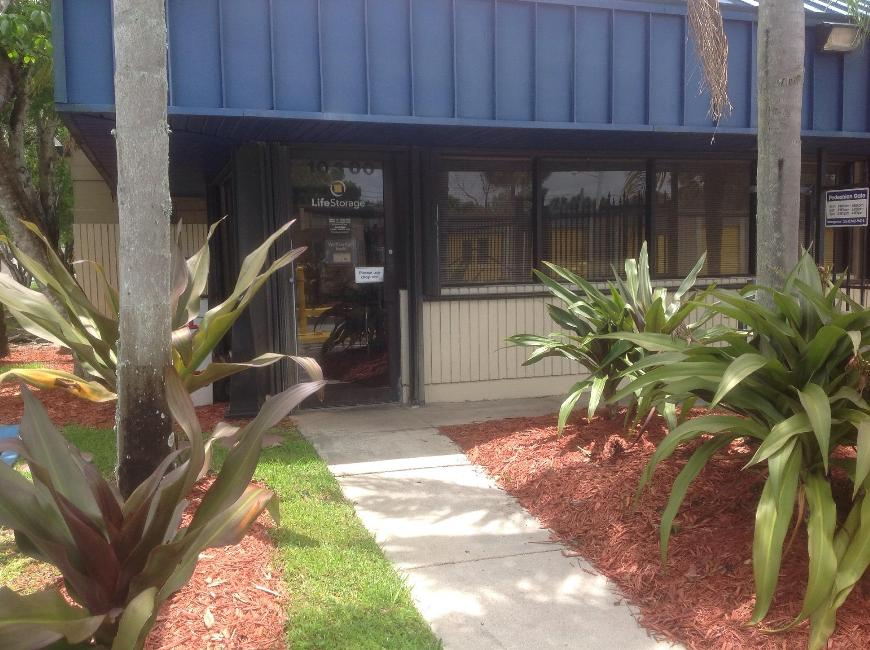 Filter Results. Storage Units & Storage Units at 10300 NW 55th St - Sunrise - Life Storage #040