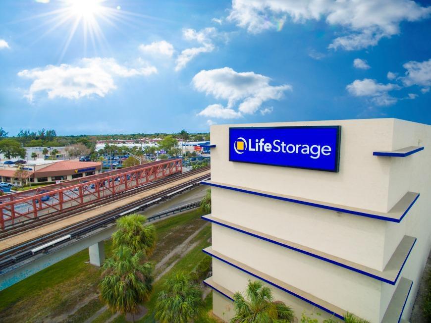 Life Storage #403