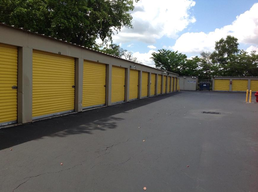 Storage Units For At Life 7363 Lake Worth Road In