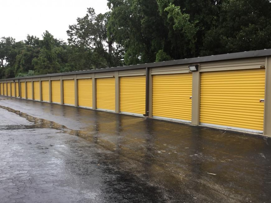 Storage Units For At Life 2180 Drew Street In Clearwater