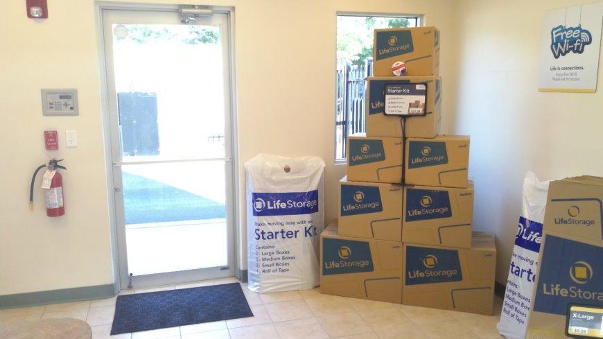 Bon Self Storage Units Near Lakewood   1225 State Route 70   Life Storage #450
