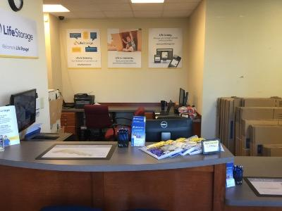 Life Storage office at 1000 Cooper Circle in Peachtree City