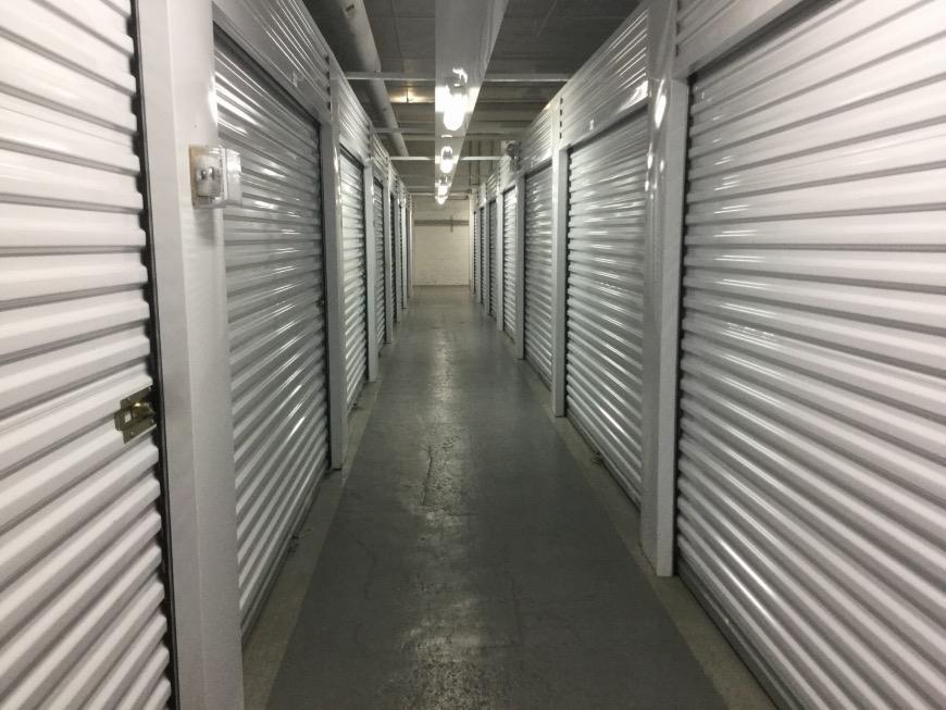 & Storage Units at 1625 S Ashland Ave - Chicago - Life Storage #467