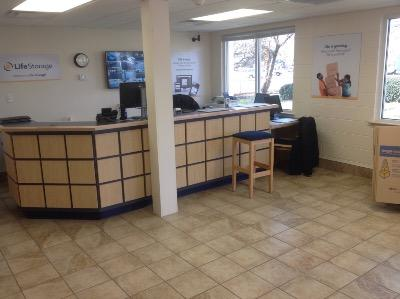 Life Storage office at 1907 Campostella Rd in Chesapeake