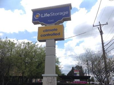 Miscellaneous Photograph of Life Storage at 7340 Blanco Road in San Antonio