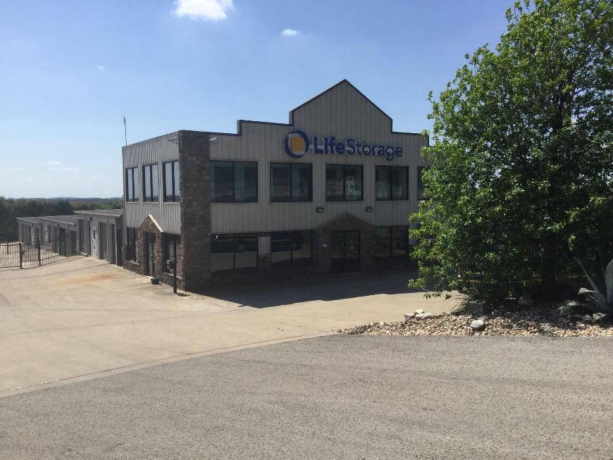 Storage Buildings At Life Storage At 2440 W Whitestone Blvd In Cedar Park  ...