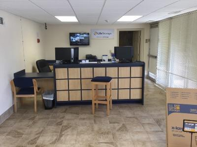 Life Storage office at 26 W Diamond Ave in Gaithersburg