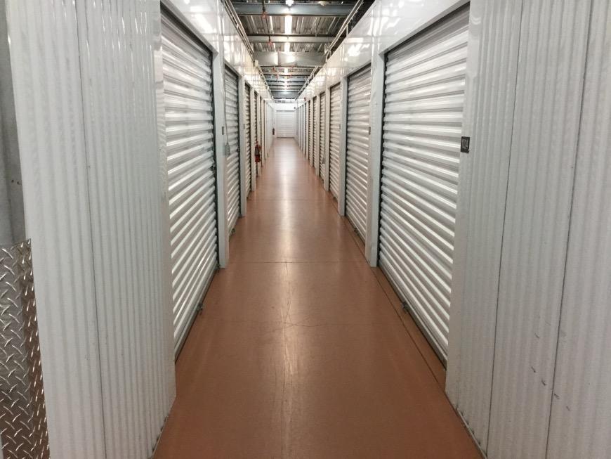 Self Storage Units Near Fort Myers   19400 S. Tamiami Trail   Life Storage  #483