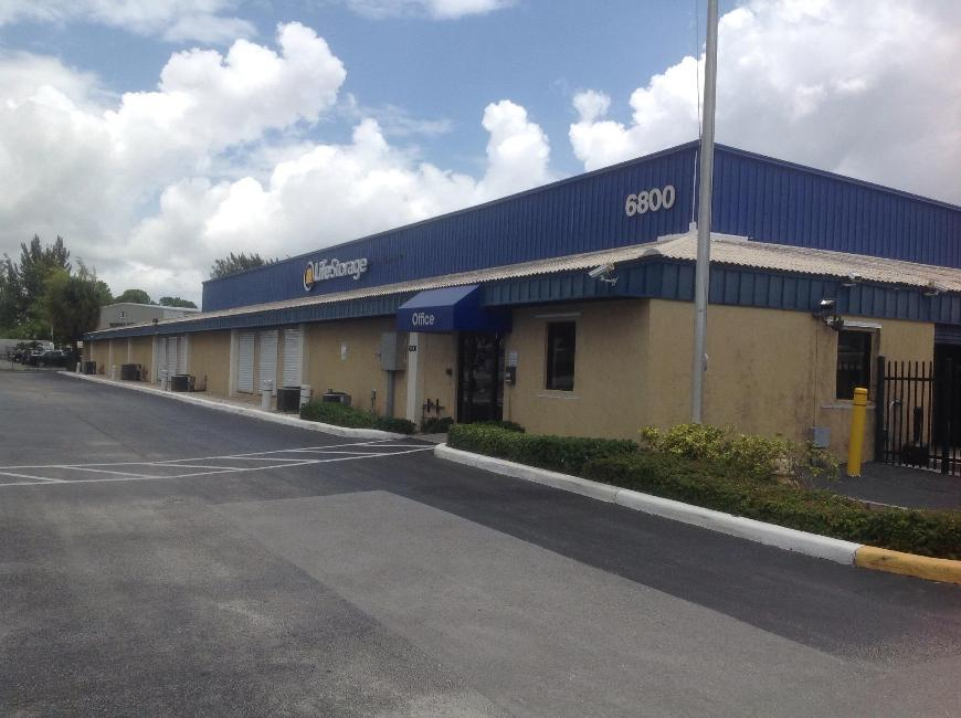 Storage Buildings At Life Storage At 6800 N. Military Trail In West Palm  Beach ...