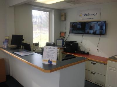 Life Storage office at 111 Fairgrounds Drive in Manlius