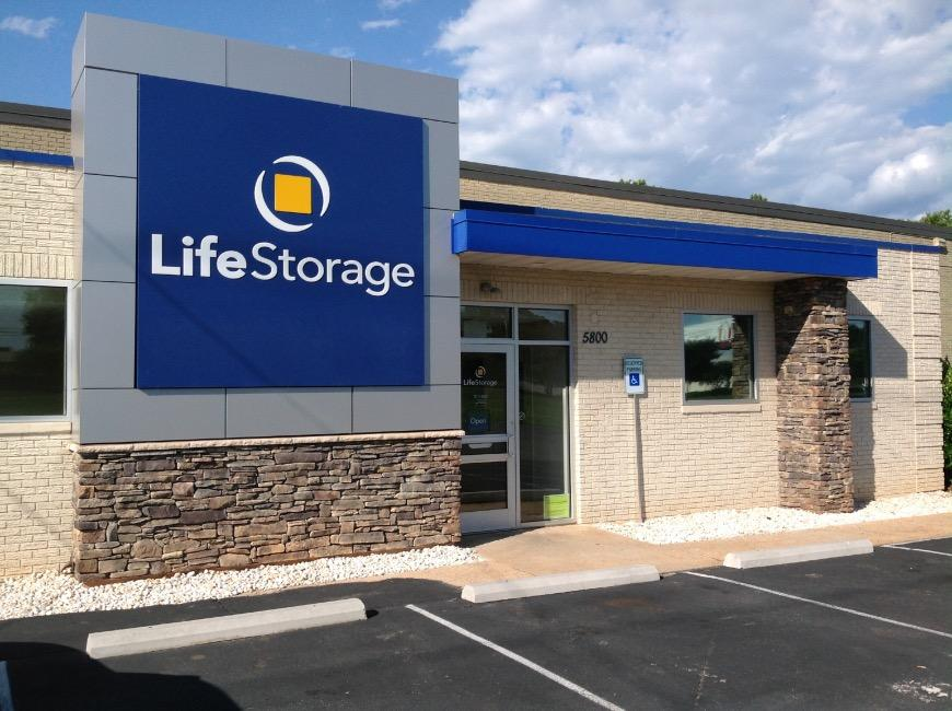 Self Storage Units near Charlotte - 7 A Brookshire Blvd - Life ...